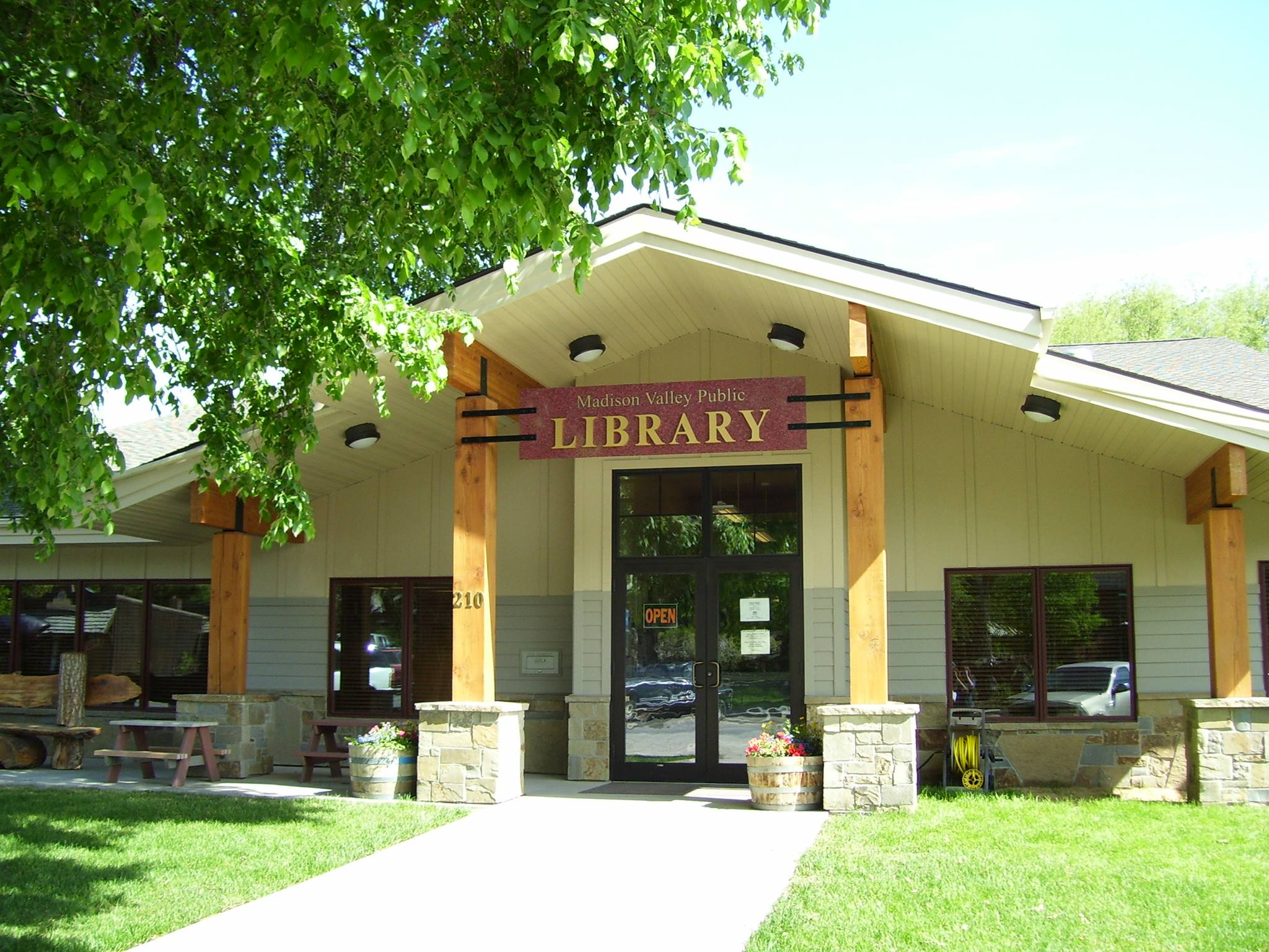 Madison Valley Public Library